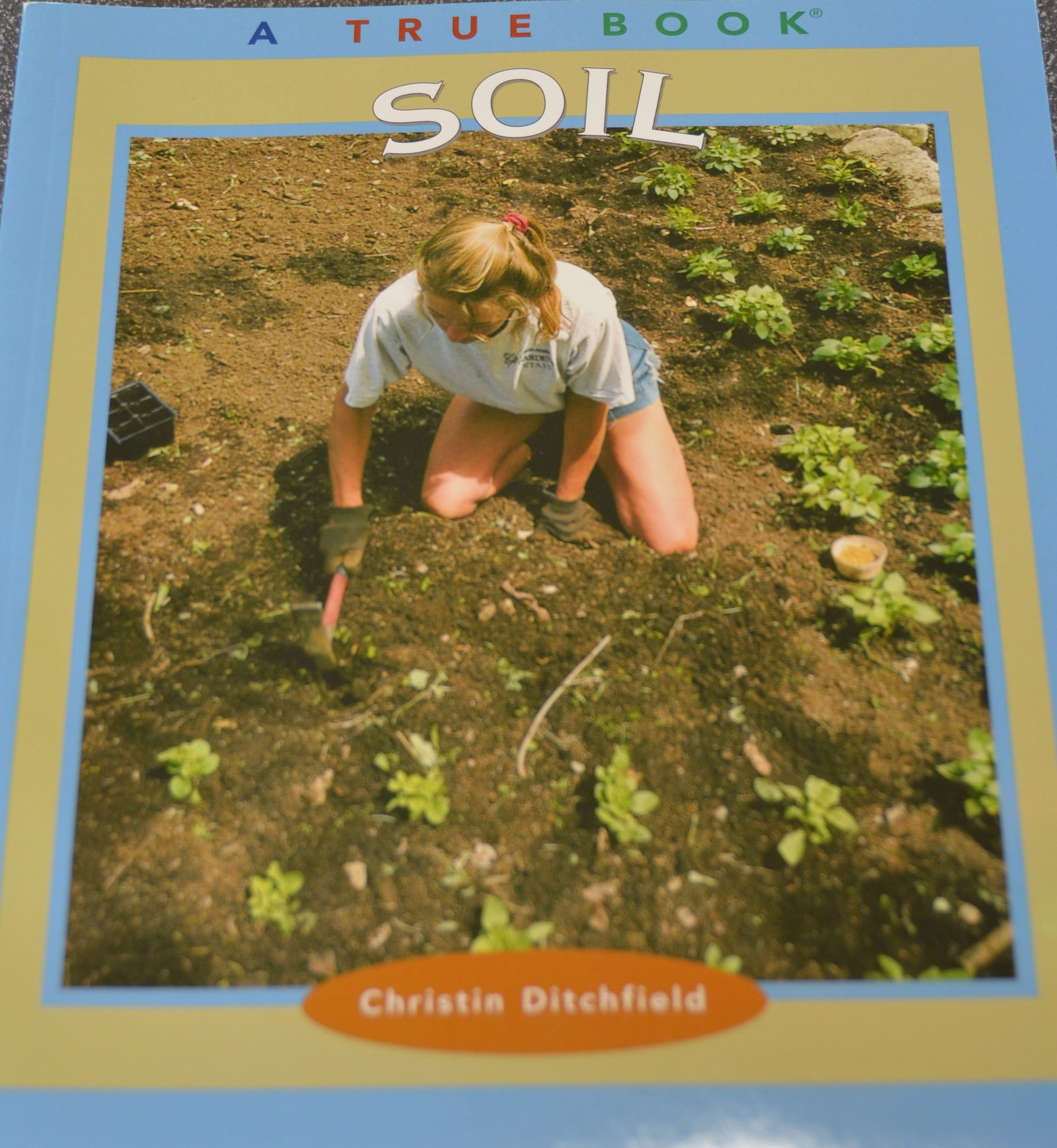 1087Soil - A True Book