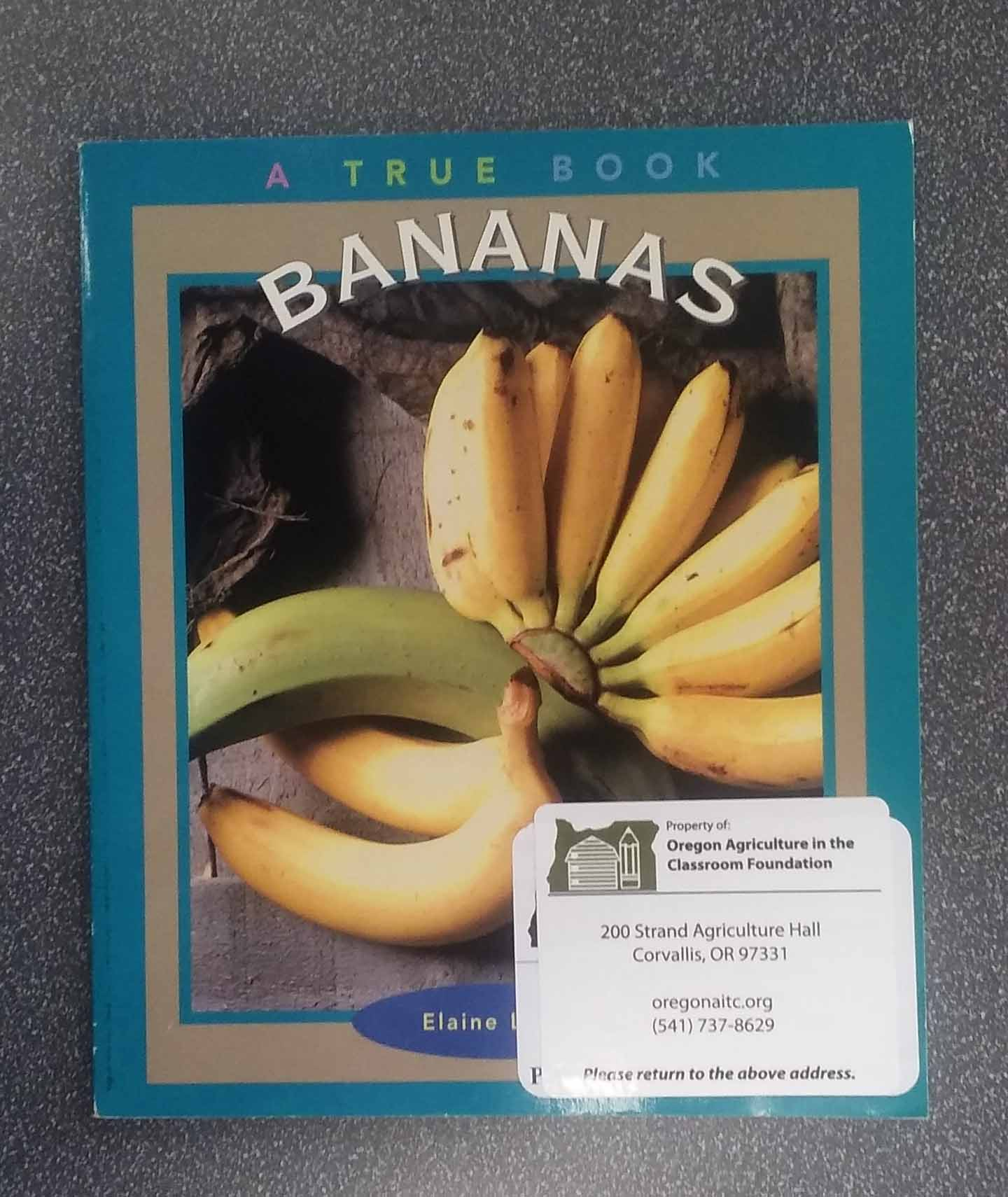 6997Bananas - A True Book